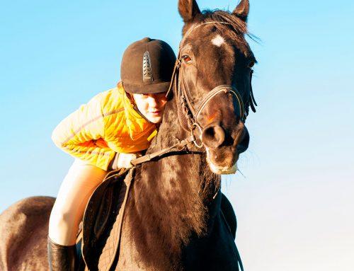 Andare a cavallo insegna il rispetto e aumenta l'autostima